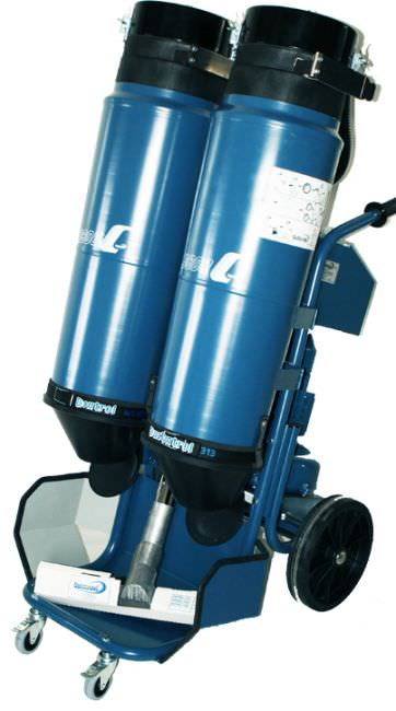 Dry vacuum cleaner / three-phase / industrial / mobile - max