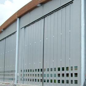 Folding door / hangar / industrial - PL 10000 MOT - SACIL HLB - Videos
