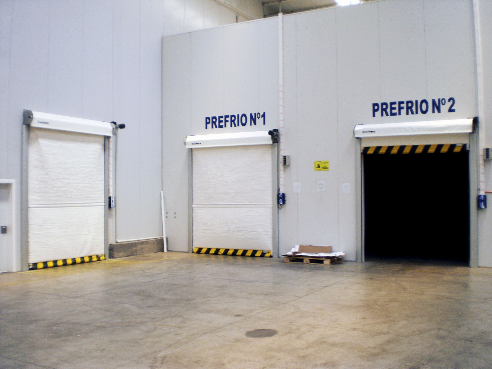 roll-up door / for cold storage / industrial / high-speed ... & Roll-up door / for cold storage / industrial / high-speed - Freezer ...