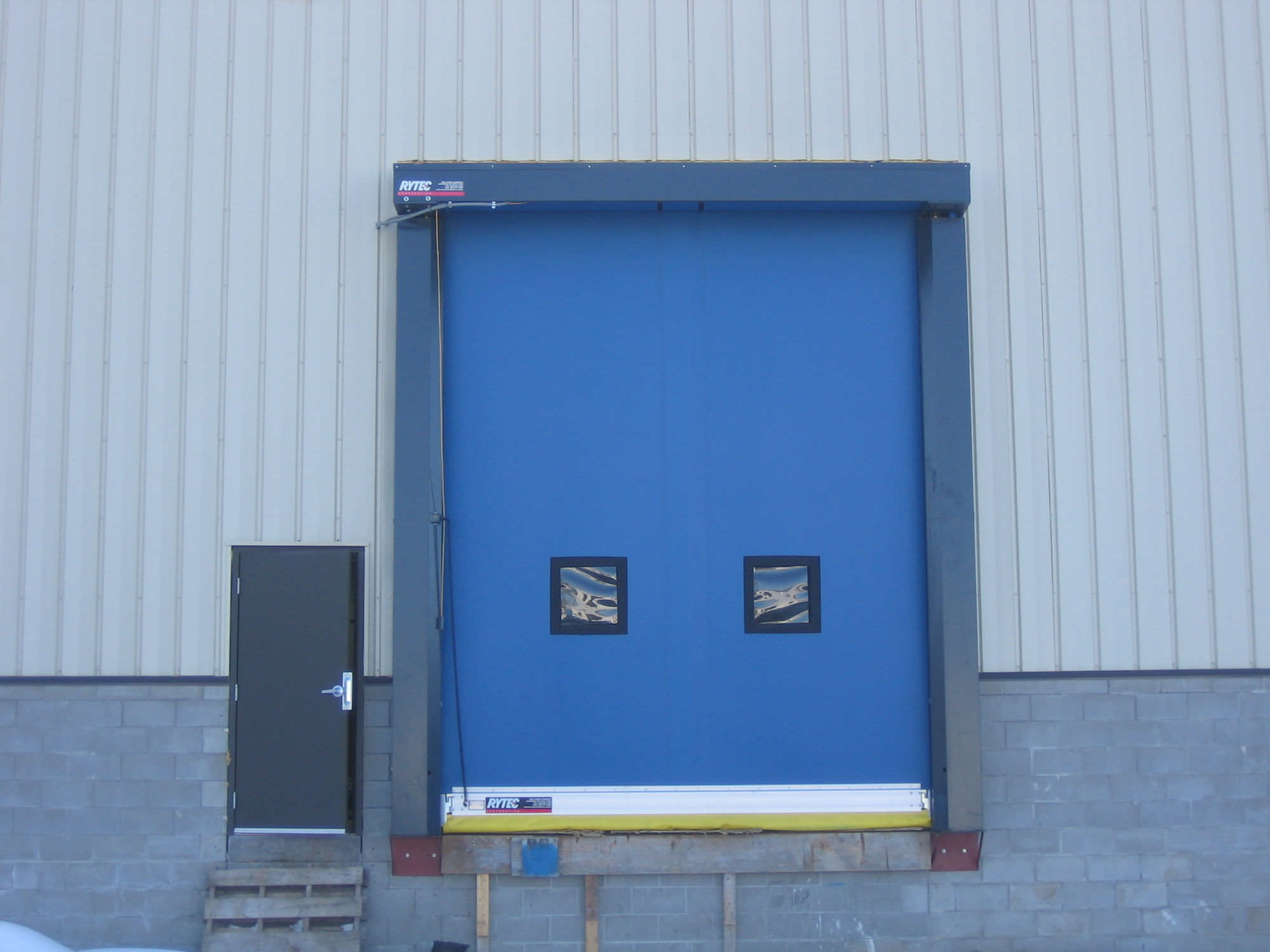 ... roll-up door / industrial / exterior / design ...  sc 1 st  DirectIndustry & Roll-up door / industrial / exterior / design - Fast-Seal® - Rytec ...