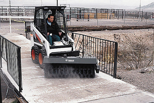 Skid steer loader - S70 - BOBCAT