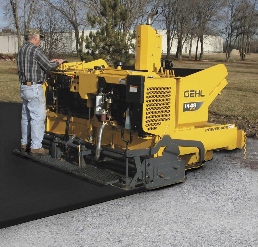 asphalt paver / tracked - 1448 Plus