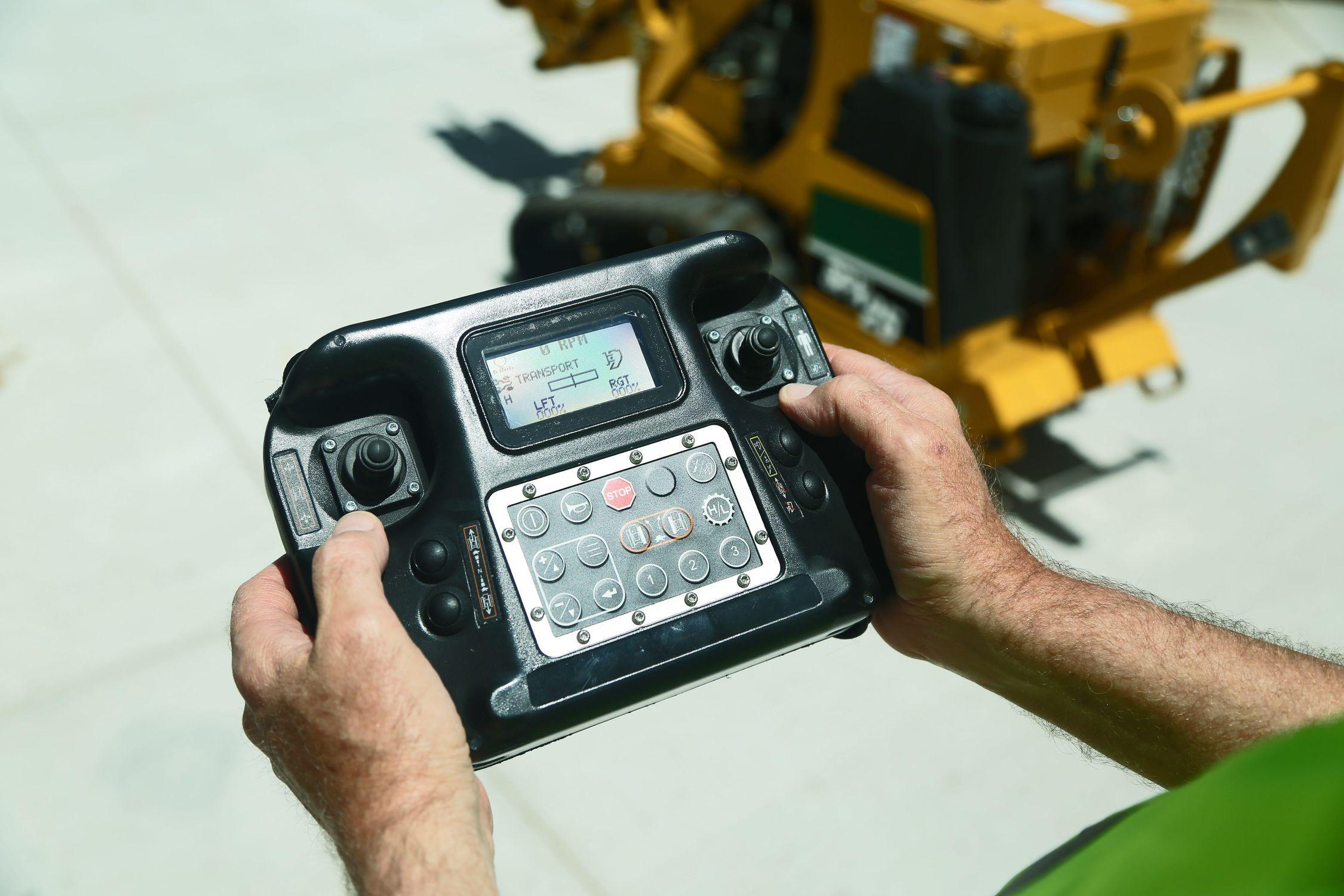 Walk behind vibratory plow - SPX25 - Vermeer Manufacturing