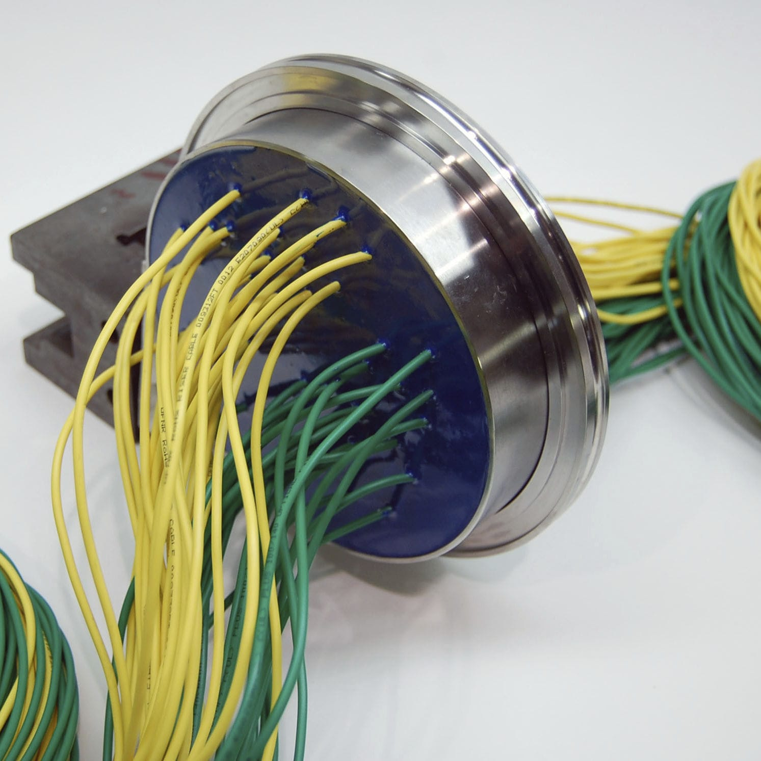 Fiber Optic Cable Feedthrough Hermetic Optiseal Series Wiring