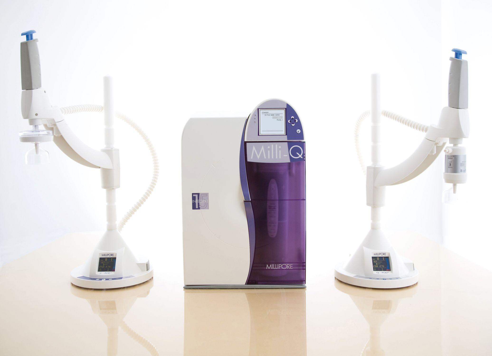 laboratory ultra-pure water purification unit - Milli-Q® Integral system