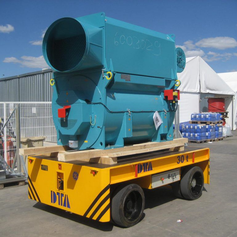 Electric self-propelled trailer / 2-axle DTA