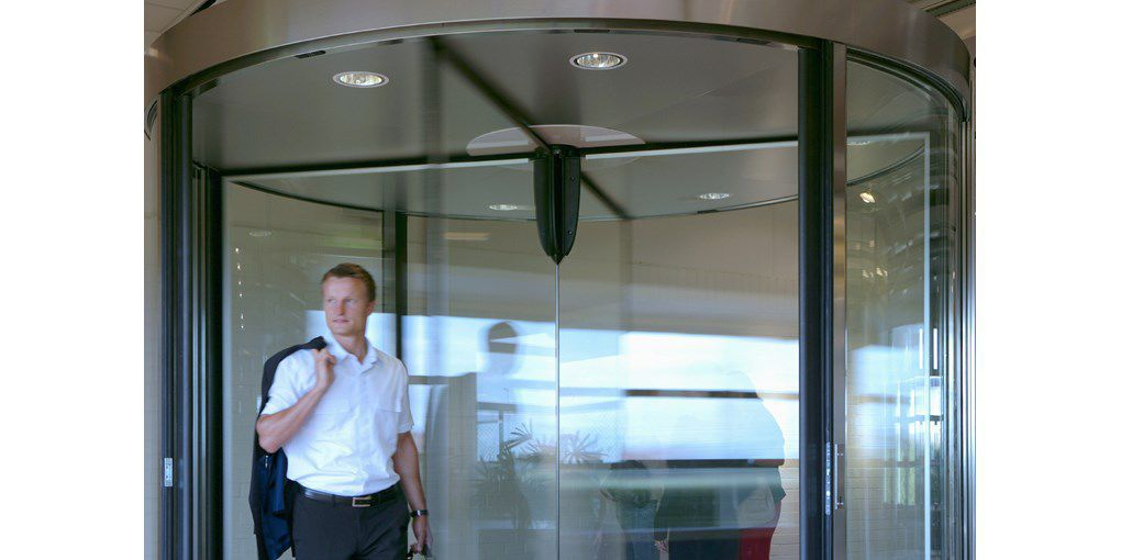 ... Revolving doors / indoor / security / automatic Besam RD3 RD4 ASSA ABLOY Entrance Systems ...  sc 1 st  DirectIndustry & Revolving doors / indoor / security / automatic - Besam RD3 RD4 ...