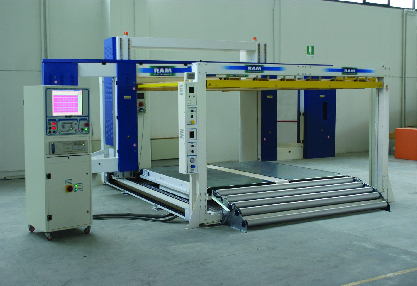 Plastic cutting machine / band-knife / stencil / CNC - SLC SF - RAM ...