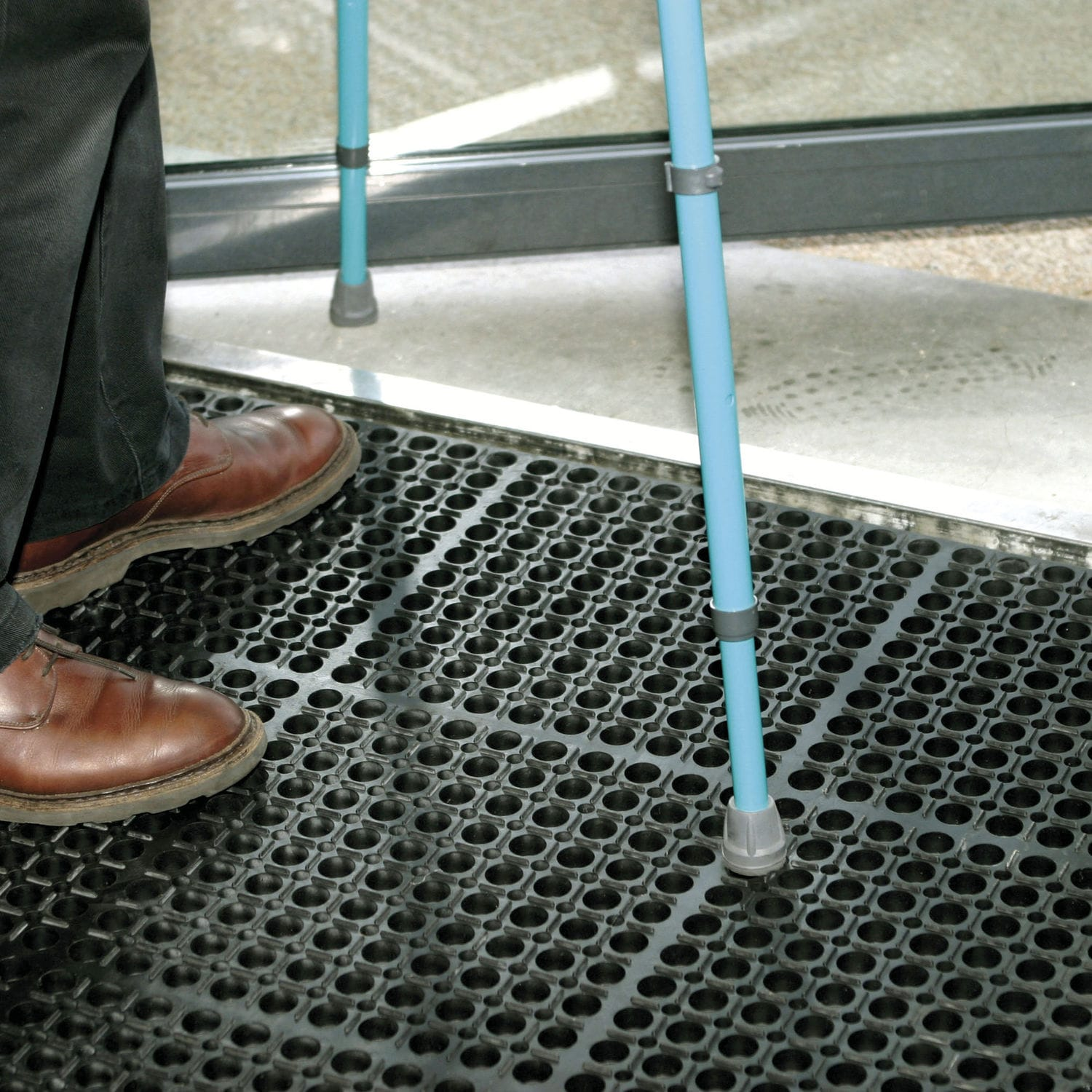 Rubber Grating Building M IDS - Rubber grate flooring