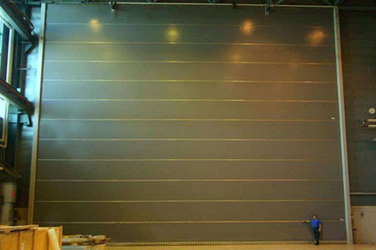 Folding Door Exterior Industrial Insulated Nk4 Warm