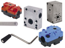 Worm gear reducer / right-angle / manual