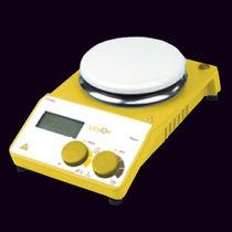 Magnetic stirrer / hot plate / digital