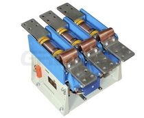 Motor contactor / vacuum