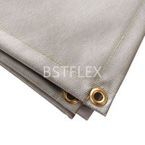 Silicone-coated glass fabric welding blanket