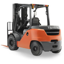 Forklift with combustion engine / ride-on / handling / 4-wheel