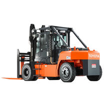 Forklift with combustion engine / ride-on / heavy-duty / pneumatic tire