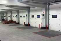 Sectional doors / for loading docks / industrial