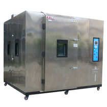 Humidity and temperature test chamber / large