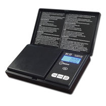 Scale with LCD display