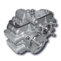Parallel-shaft gear reducer / for heavy self-propelled vehicles