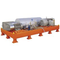 Centrifugal decanter / horizontal / dehydration / high-volume