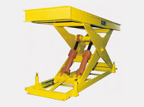 Scissor lift table / hydraulic