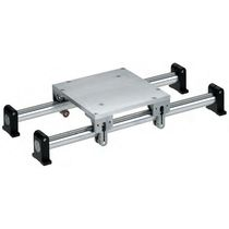 Roller linear guide / steel / aluminum / compact