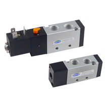 Spool pneumatic directional control valve / pneumatically-operated / solenoid-operated / normally closed