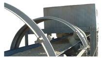 Bulk solids sampler / automatic