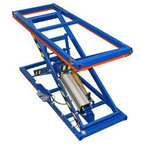 Scissor lift table / foot-operated / pneumatic