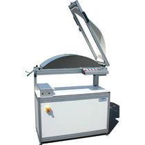 Motorized press / dewatering / laboratory / rubber