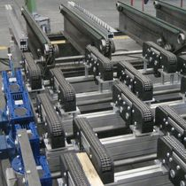 Chain conveyor / distribution / handling / transport