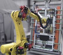Robotic assembly cell / for glazing