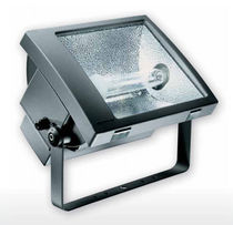 Discharge lamp floodlight / IP66 / outdoor