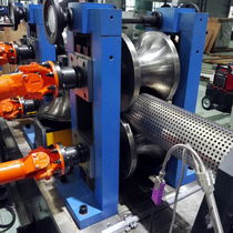 Polyethylene extrusion line / for steel-reinforced pipes