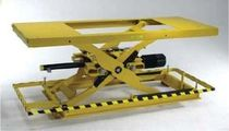 Scissor lift table / electric / ball screw