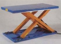 Scissor lift table / hydraulic / low-profile