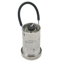 Relative pressure transmitter / membrane / analog / hammer union