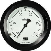 Analog pressure gauge / vacuum