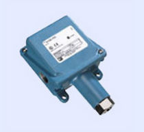 Differential pressure switch / rugged / adjustable