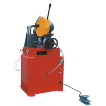 Circular sawing machine / for metals / with cooling system / precision