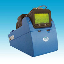 Performance test station / for gas detectors / mobile