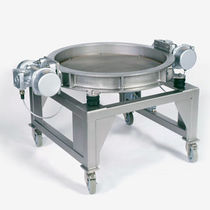 Circular vibrating screening machine / for bulk materials