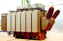 Distribution transformer / traction / immersed / in-line