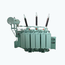 Distribution transformer / immersed / oil-filled / floor-standing