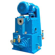 Rotary piston vacuum pump / single-stage / lubricated / industrial
