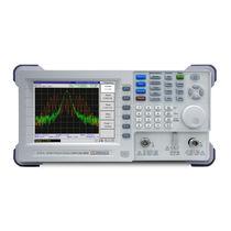 Spectrum analyzer / rack-mounted