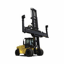 Diesel forklift / ride-on / empty container / compact