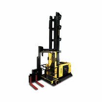Electric forklift / ride-on / for very narrow aisles / with pivoting mast