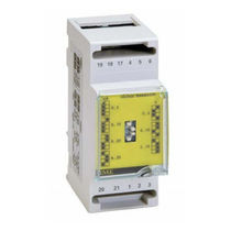 DIN rail transducer / AC voltage